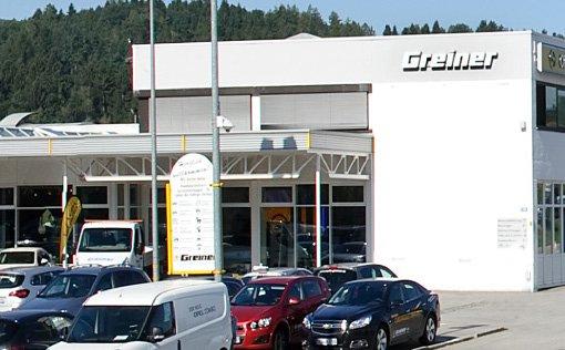 das Gebäude des Autohauses Greiner